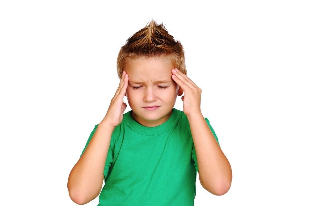 Ребенок в 3 года жалуется на боль в ухе что делать в домашних условиях
